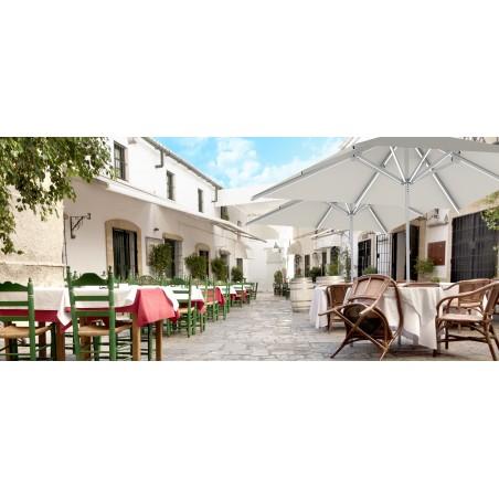 Parasol profesional para terraza de hostelería
